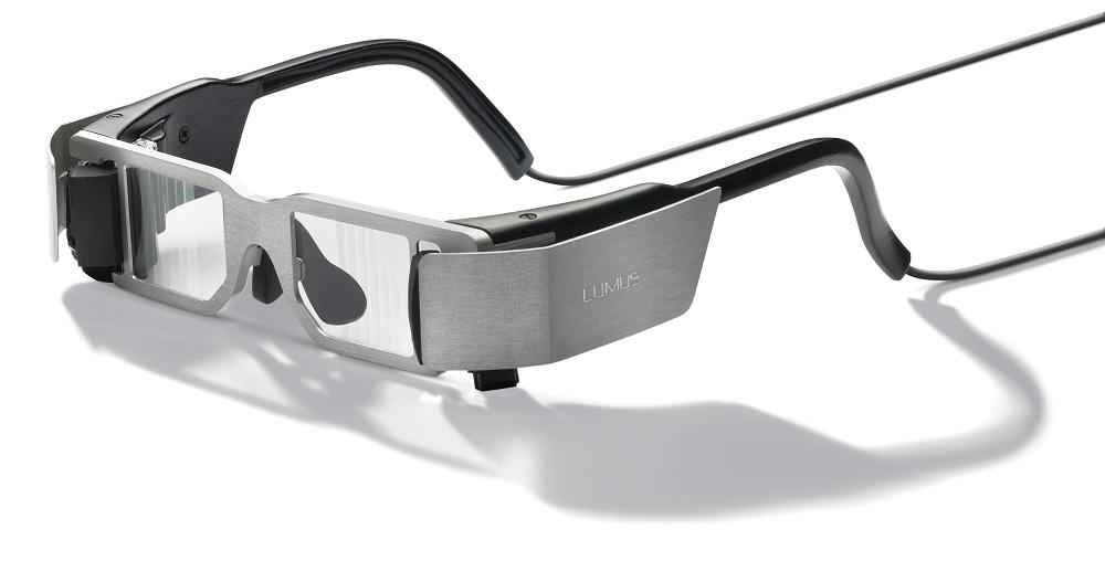 Lumus dk-32 wearable display